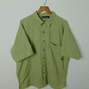 Patagonia L Short Sleeve Button Shirt Green Camp